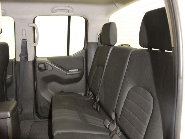 Nissan - Navara - 2.5 dCi CD 4WD