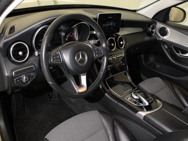 Mercedes-Benz - Classe C - C200d Station Avantgarde Automática