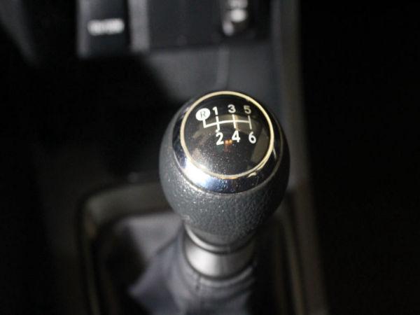 Toyota - Auris - 1.4 D-4D Active +AC