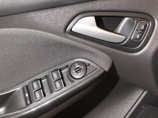 Ford - Focus - St.1.5 TDCi Titanium GPS  120cv