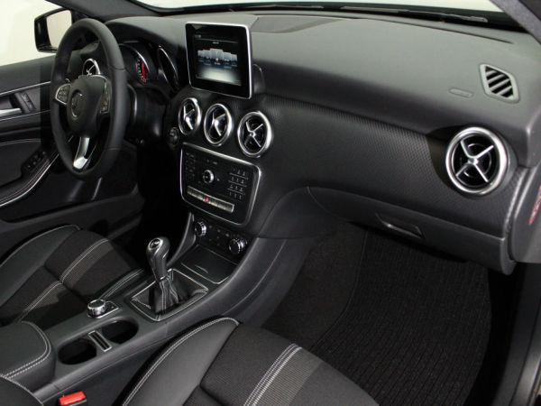 Mercedes-Benz - Classe A - A 180d Urban Led Tecnology