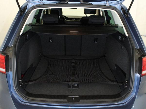 Volkswagen - Passat - Variant 2.0 TDi Confortline