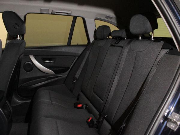 BMW - Série 3 - 318 d Touring