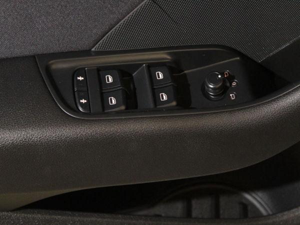 Audi - A3 - Sportback 1.6 TDI Attraction