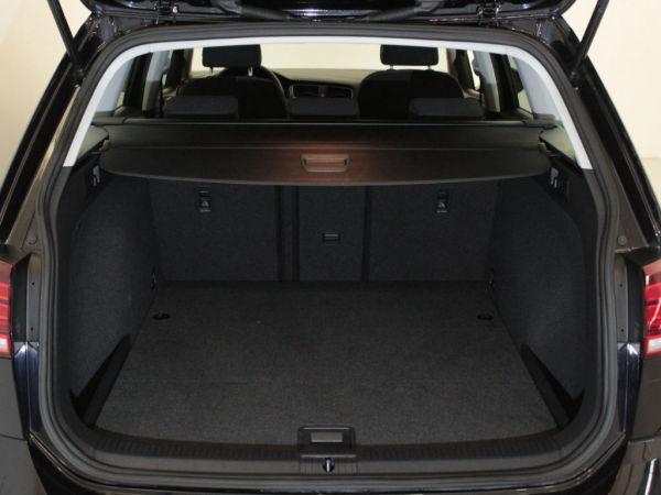 Volkswagen - Golf - Variant 1.6 TDi Confortline GPS
