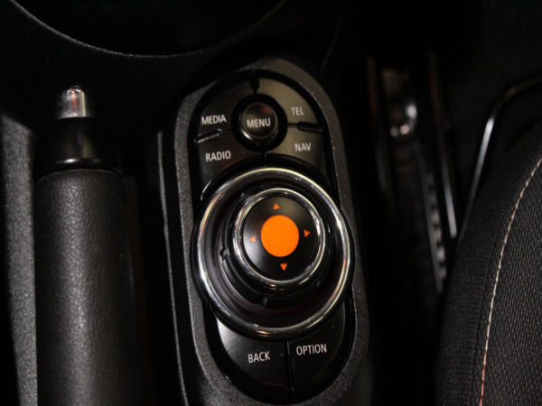 MINI - One D - 5 Portas GPS