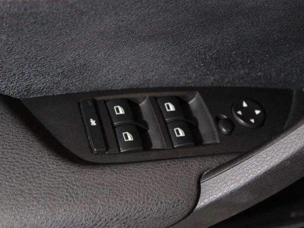 BMW - X1 - sDrive 2.0 Line Sport